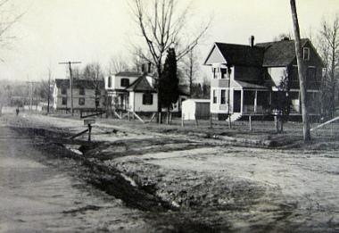 End of the Washington Suburban Streetcar, Corner of Berwyn Road at 58th Avenue